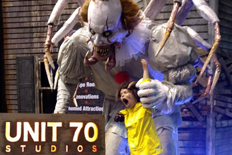 Giant Haunted House Props - Unit 70