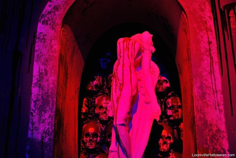 Devil S Attic Haunted House Louisville Ky
